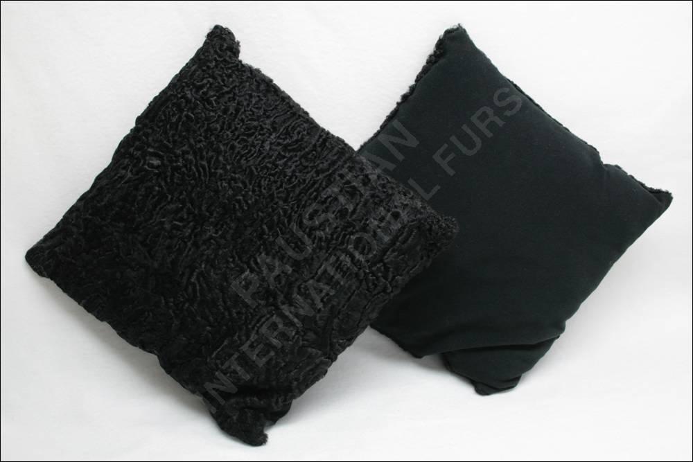 184 breitschwanz persianer pelz kissen dekokissen. Black Bedroom Furniture Sets. Home Design Ideas