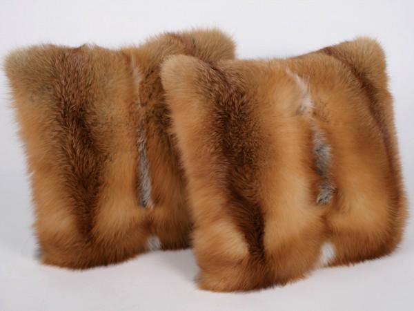 Fellkissen aus kanadischen Rotfüchsen