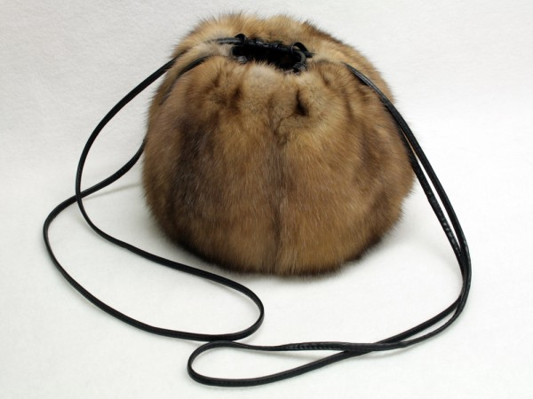 Pelz Muff-Tasche aus Zobel