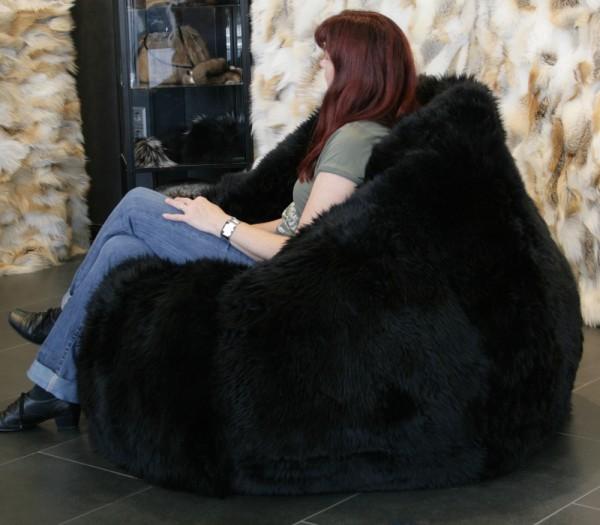 Lammfell Sitzsack in schwarz
