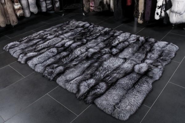Silberfuchs Teppich aus Echtpelz