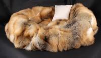 Hundebett aus Skandinavischen Golden Island Füchsen (SAGA Fur)