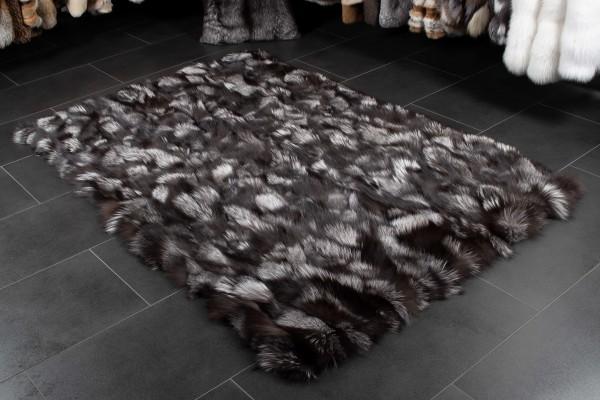 Skandinavischer Silberfuchsstücken Pelzteppich