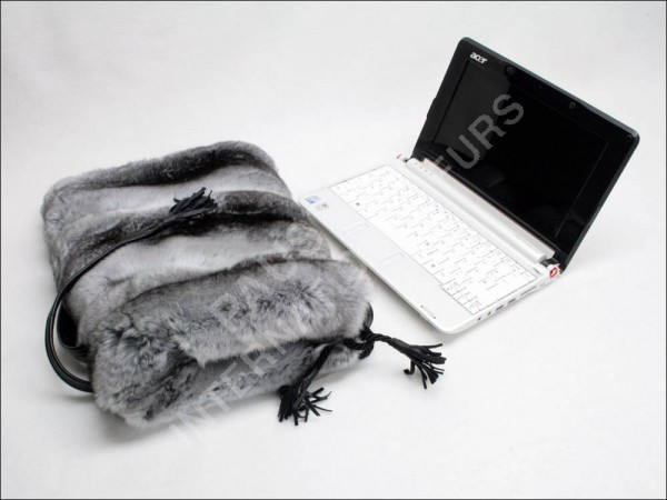Netbooktasche Pelztasche aus naturfarbenen Chinchilla