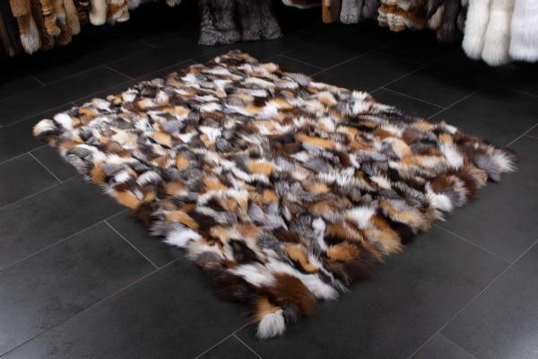 Fuchsstücken Fellteppich aus skandinavischen Fellen