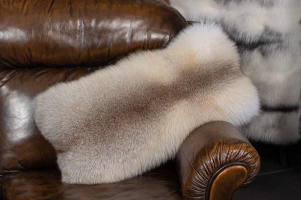 Pelzkissen aus Fawnlight Fuchs