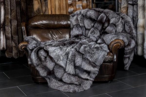 silberfuchs pelzdecke saga qualit t echtpelz. Black Bedroom Furniture Sets. Home Design Ideas