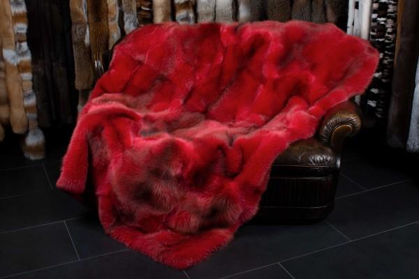 Rotfuchsdecke aus Europäischen Rotfüchsen in Rot