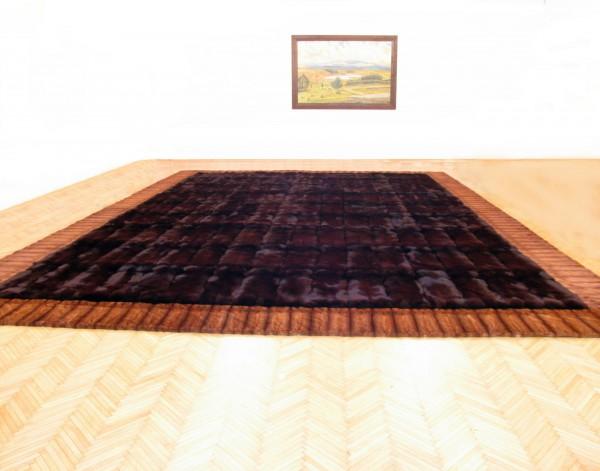 Fellteppich aus Blaufüchsen mit Nerzrand - SAGA