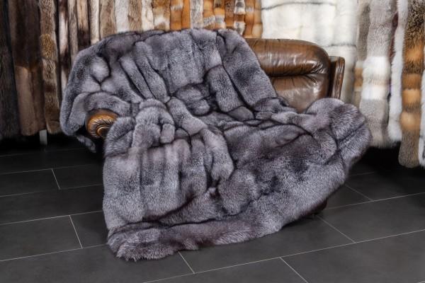 Blue Frost Fuchsdecke mit schwarzen, geschorenem Kolinsky als Rückfutter