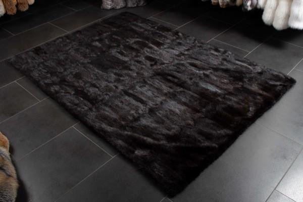 Kanadischer Bisam Pelzteppich aus Wildware