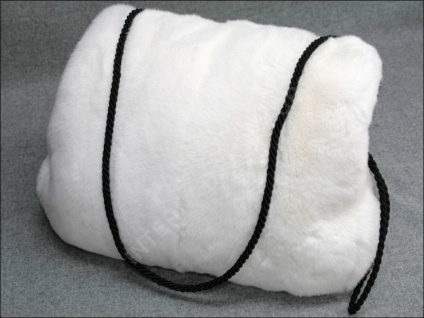 Rexkaninchen Pelzmuff in weiß