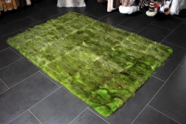 Opossum Fell Teppich in besonderem Apfelgrün