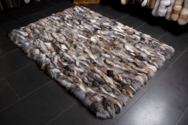 Stilvoller Echtfell Fuchsseiten Pelz Teppich