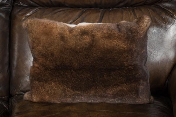 Flauschiges Castor Rex Kaninchen Kissen
