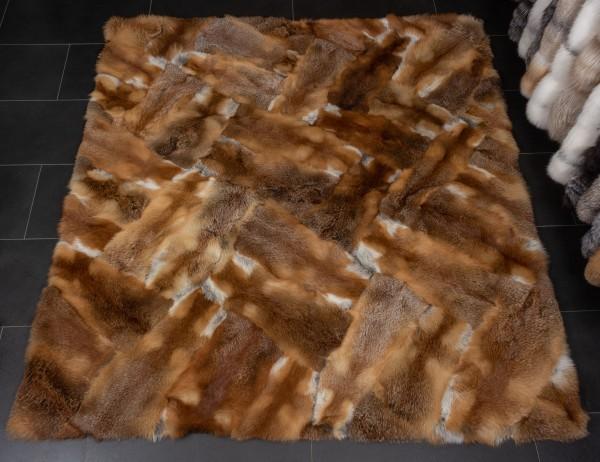 """Pelzteppich aus Europäischen Rotfüchsen """"Patchwork-Design"""""""