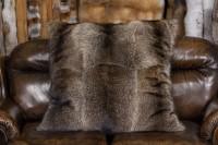 Großes Kanadisches Waschbär Pelzkissen