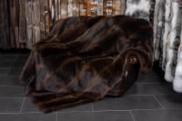 Dunkelbraune Felldecke aus kanadischen Waschbären