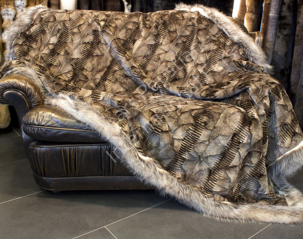 1074 nerzst cken decke mit opossumrand xxl fell decke king size pelzdecke fell ebay. Black Bedroom Furniture Sets. Home Design Ideas