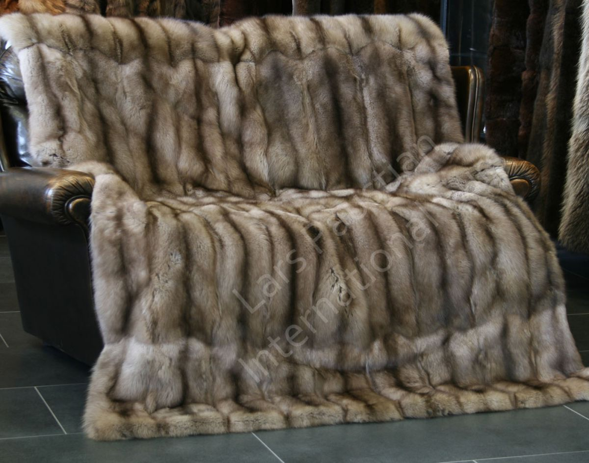 1018 zobel pelzdecke felldecke tagesdecke echtfell xxl. Black Bedroom Furniture Sets. Home Design Ideas