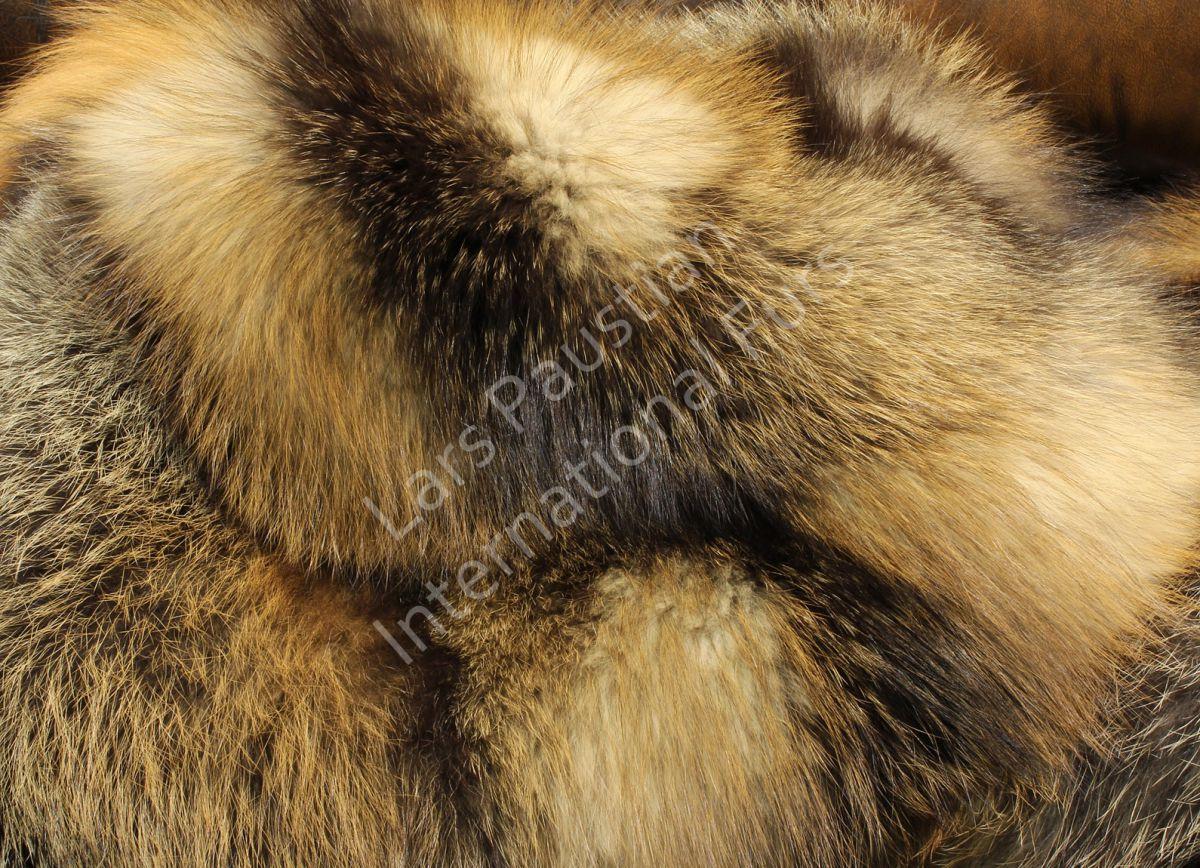 1065 kanadische wild cross fuchsdecke echt pelzdecke. Black Bedroom Furniture Sets. Home Design Ideas